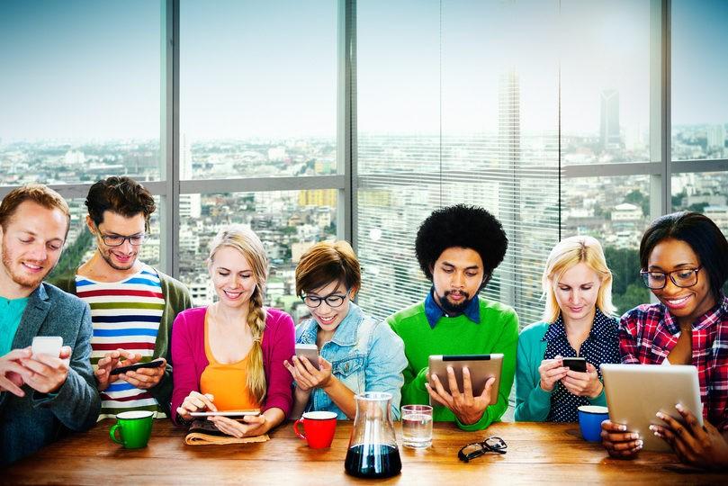 Augmentez votre performance avec une plateforme de communication efficace.