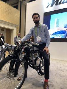 Le CES présente un vélo électrique aux allures de moto
