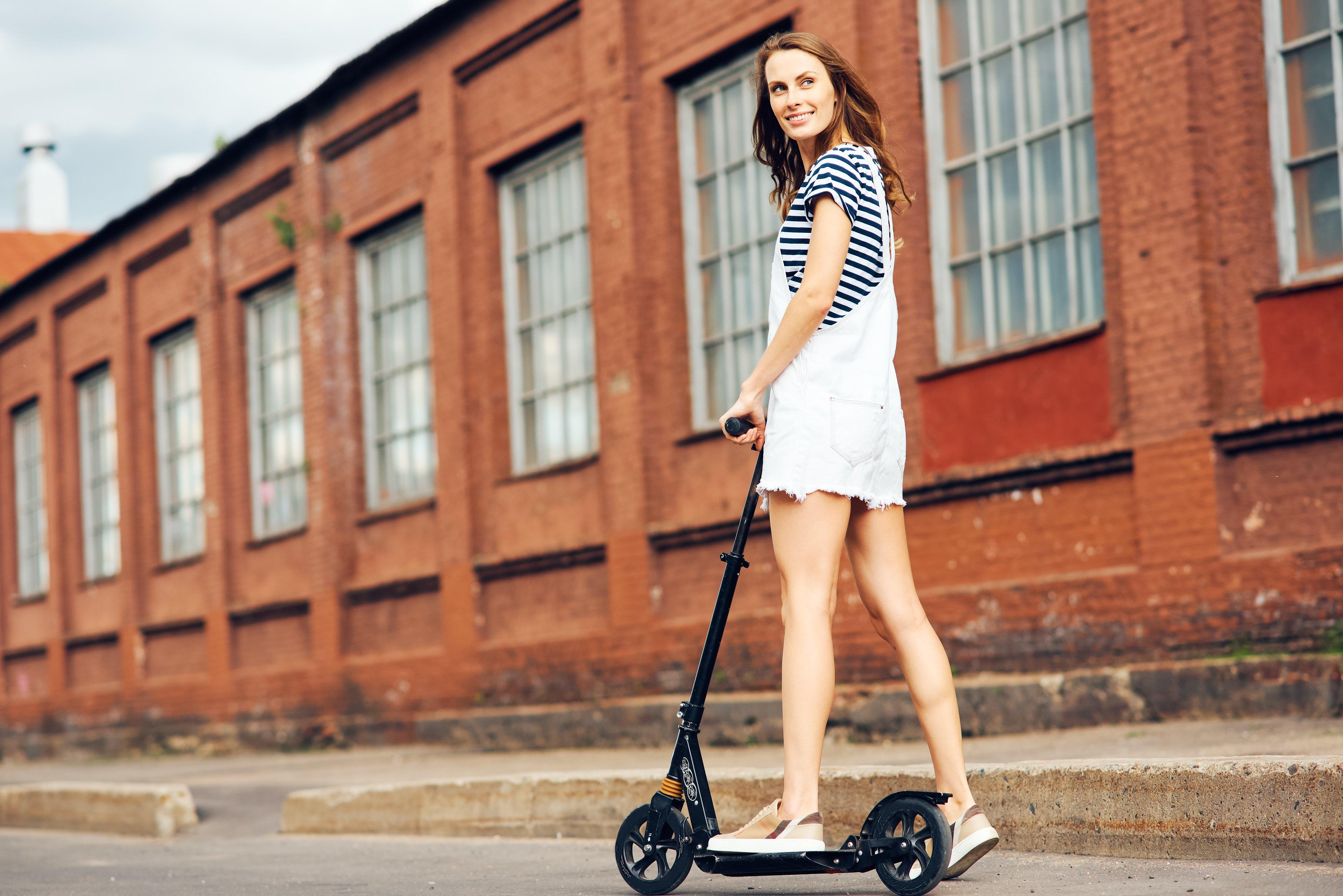 Mondial Tech : en trottinette, Simone !